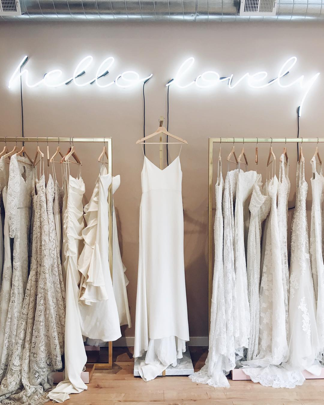 Lanie List Of Lovely Bride The Everygirl