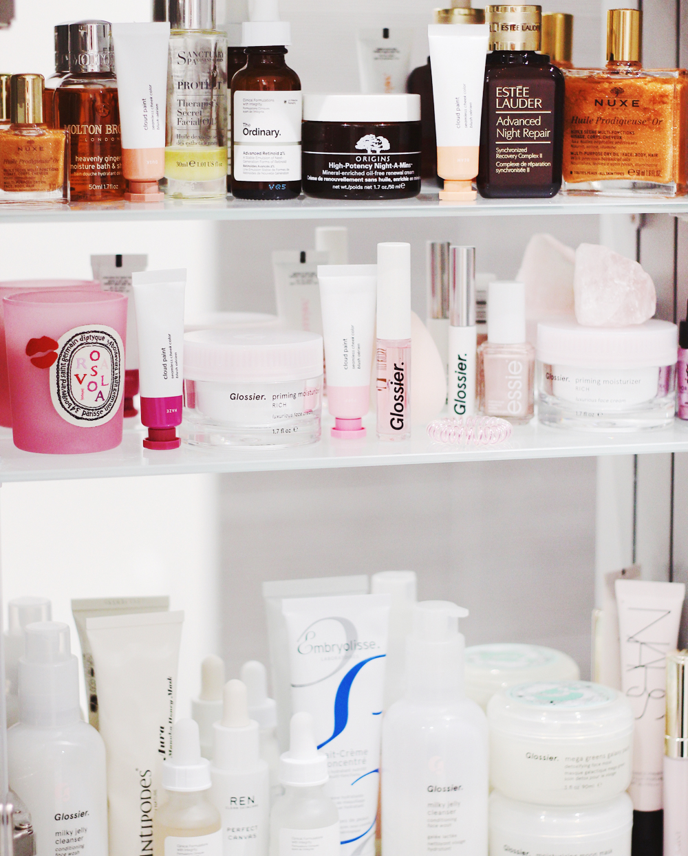 The Correct Order to Apply Your Skincare Products