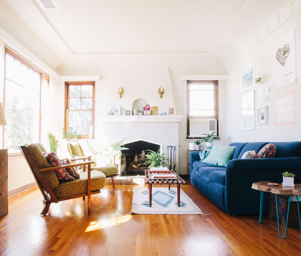 5 Tips For Scoring The Best Furniture On Craigslist The Everygirl