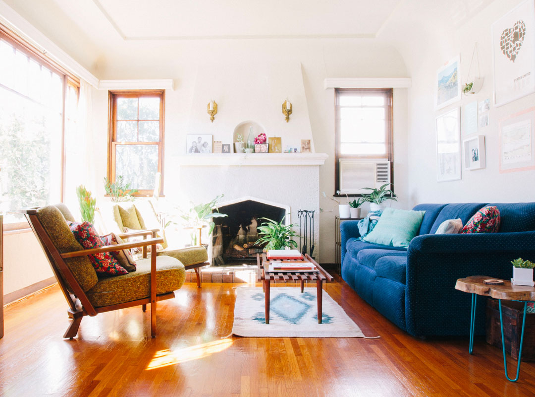 15 Tips for Scoring the Best Furniture on Craigslist  The Everygirl