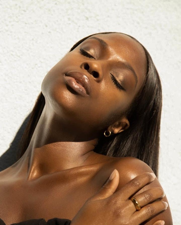 5 mythes sur l'hyperpigmentation sur les peaux foncées